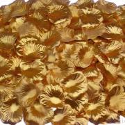 Rožu ziedlapiņas zelta krāsā