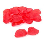 Rožu ziedlapiņas no sarkana tekstila