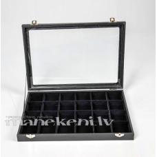 Kastīte ar aizveramu stikla vāku juvelierizstrādājumiem, bižutērijai, kolekcijai BOX724