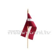 Latvijas karodziņš 10 x 20 cm, ar koka kātu un uzgali